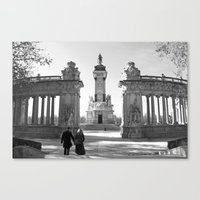 Couple At Madrid Monumen… Canvas Print