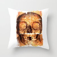mosaica skully Throw Pillow