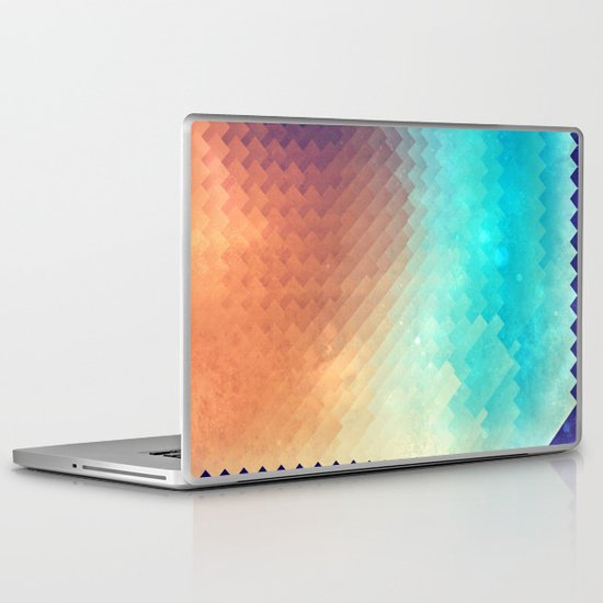 plyyn hyte Laptop & iPad Skin