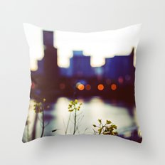 welcome to portland oregon Throw Pillow
