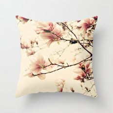 Magnolia skies Throw Pillow