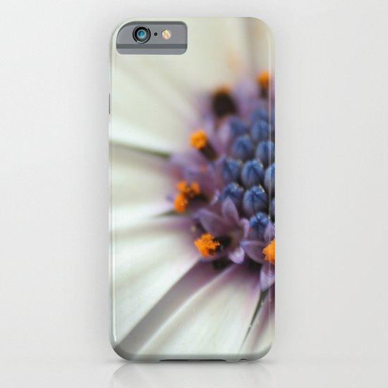 Cap Daisy Macro iPhone & iPod Case