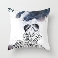 Knife Bearing Diamond Th… Throw Pillow