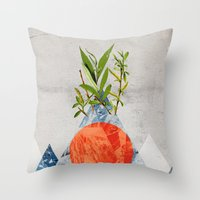 Navrhbrdavrbamrda Throw Pillow