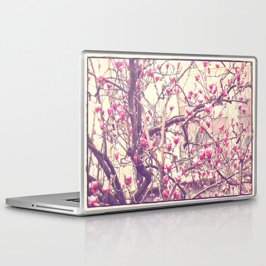 Magnolia 2 Laptop & iPad Skin