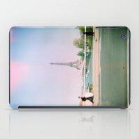 Paris Holga: Eiffel Tower iPad Case