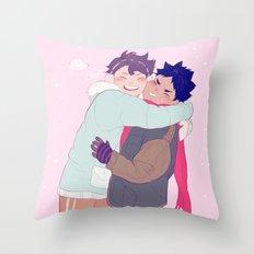 Tiny Iwaois Throw Pillow