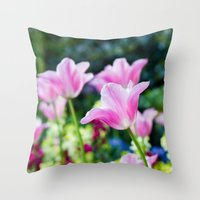 Flowers alive Throw Pillow