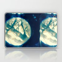 Birdie Shoulder Dreams Laptop & iPad Skin