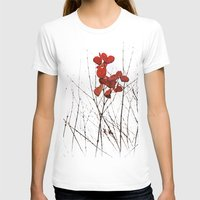 T-shirt featuring Love Leaves by Tosha Lobsinger is my Photographer