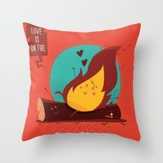 :::Love is on the fire::: Throw Pillow