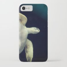 Swimming Sea Turtle Slim Case iPhone 7
