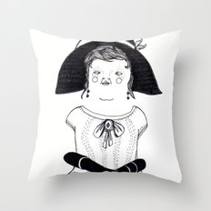 Srta. Asunción Throw Pillow