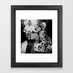 PHIL_IST FERNBLEIBEN Framed Art Print
