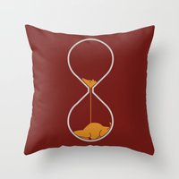 Giraffe Hourglass Throw Pillow