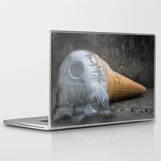 I dropped my death star :/ Laptop & iPad Skin