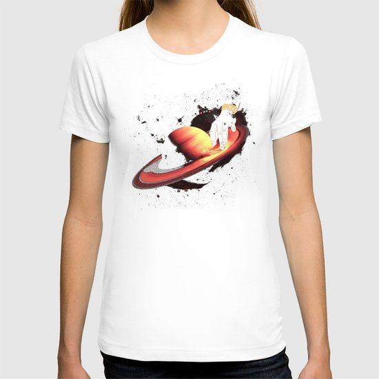 Saturntable T-shirt