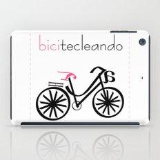 bicitecleando iPad Case