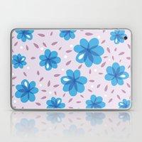 Gentle Blue Flowers Patt… Laptop & iPad Skin