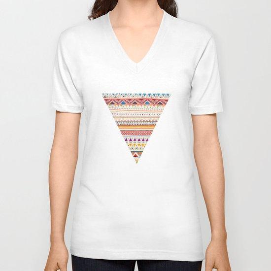 Pattern V-neck T-shirt
