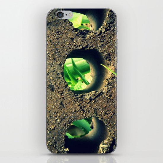 Peering Through iPhone & iPod Skin
