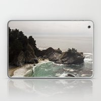 BIG SUR, CA WATERFALL AN… Laptop & iPad Skin