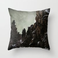 Felsen Throw Pillow
